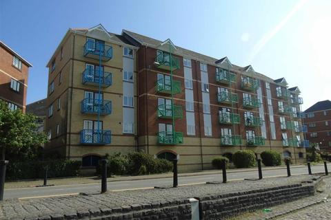 2 bedroom apartment for sale - Ambassador House, Trawler Road, Swansea