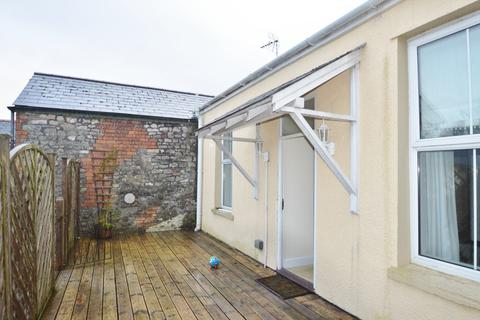 3 bedroom apartment to rent - High Street, Cowbridge