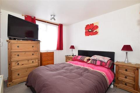 3 bedroom ground floor maisonette for sale - Arnaud Close, Portsmouth, Hampshire