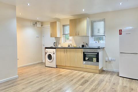 Studio to rent - Fogerty Close, Enfield Island Village, EN3