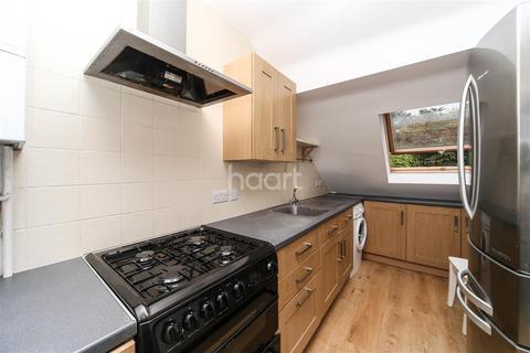 3 bedroom maisonette to rent - Brentmead Gardens, Hanger Lane, NW10