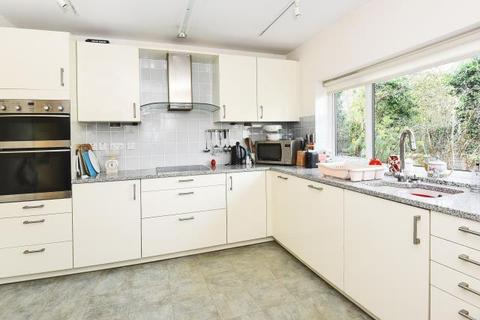 3 bedroom detached bungalow to rent - Davenant Road, North Oxford, OX2