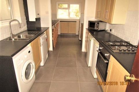 4 bedroom house to rent - Bay View Terrace , Brynmill , Swansea