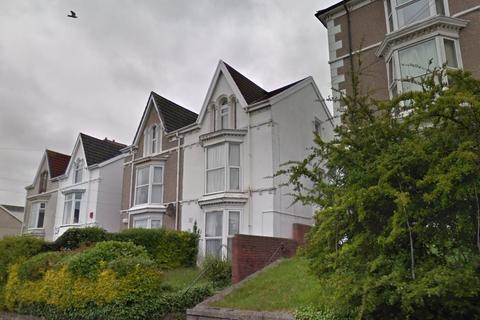 8 bedroom house to rent - Brynmill Crescent, Brynmill, Swansea