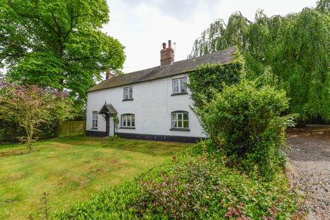 5 bedroom character property for sale - Newport Road, Edgmond, Newport