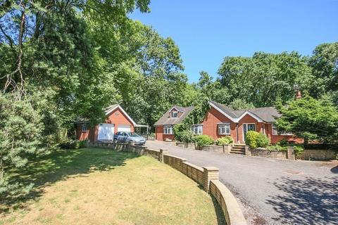 4 bedroom detached house for sale - The Hermitage, Creswell, Stafford