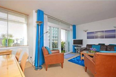 2 bedroom apartment to rent - Centre Point House, London, WC2H