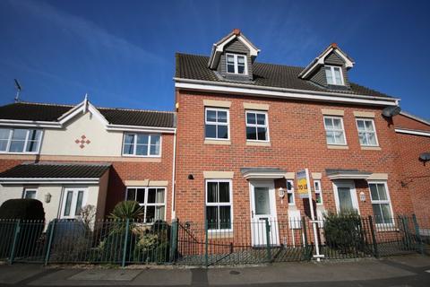 3 bedroom townhouse to rent - Ullswater Road, MELTON MOWBRAY