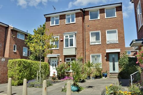 3 bedroom semi-detached house for sale - Nobbs Lane, Old Portsmouth