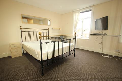 1 bedroom house share to rent - Emerson Road, Harborne, Birmingham, B17 9LT
