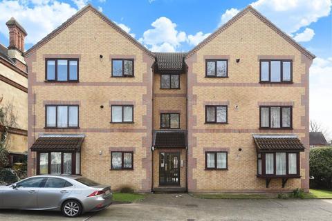 2 bedroom flat for sale - John Balliol Court, Denmark Road, Reading, RG1