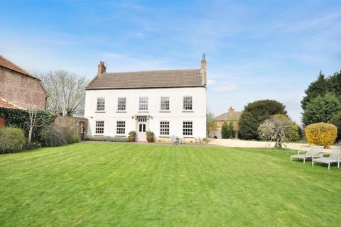 5 Bedroom Character Property For Village Street Sedgebrook Grantham