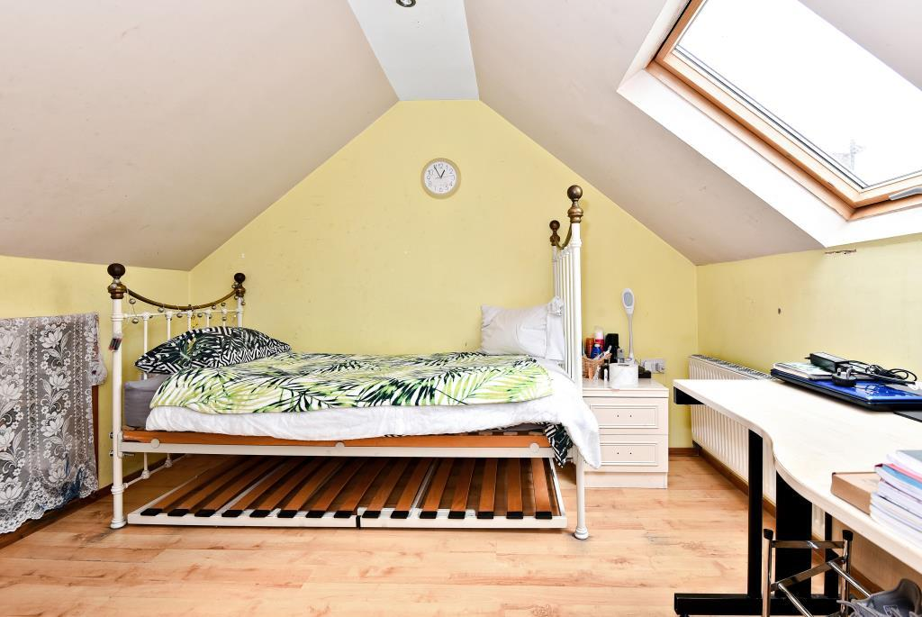 Two Bed House For Rent In Slough