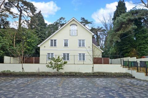 2 bedroom apartment to rent - Castle Road, Surrey
