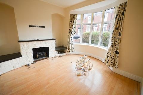 3 bedroom detached house to rent - Idsworth Road, Sheffield, S5