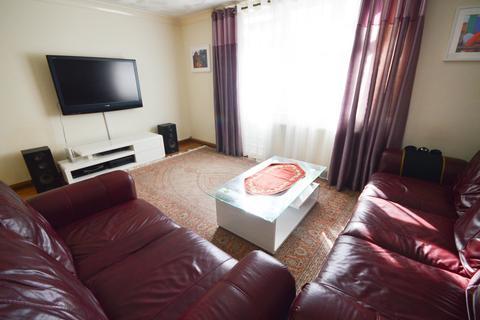 3 bedroom terraced house for sale - Cowley Gardens, Westfield, Sheffield, S20