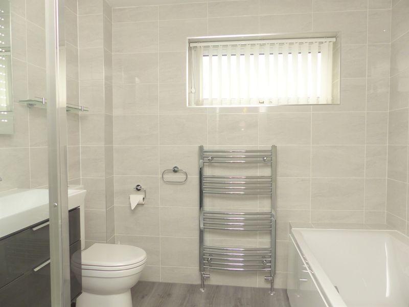 Bathroom 84 St...