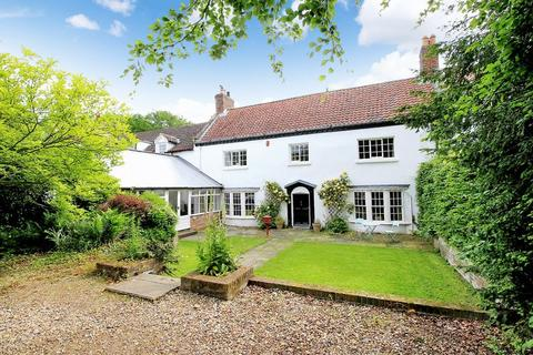 5 bedroom equestrian property for sale - Garth End Road, West Ayton YO13