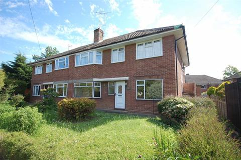 2 bedroom flat to rent - Hearne Close, Charlton Kings, Cheltenham