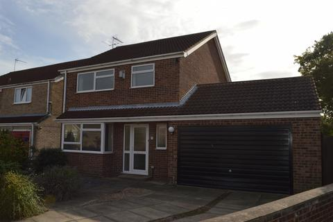 4 bedroom detached house to rent - Tardrew Close, Beverley, HU17