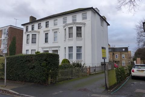 1 bedroom apartment to rent - Freelands Road, Bromley