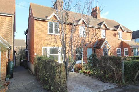 2 bedroom cottage to rent - Brickfield Cottages, Priests Lane, Brentwood