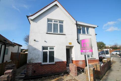 Flat to rent - West End Way, Lancing