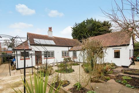 2 bedroom cottage for sale - Farnham, Surrey