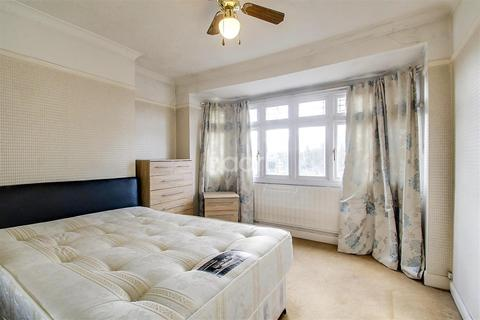 1 bedroom flat to rent - Mays Close, Earley