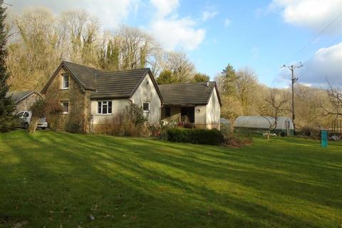 4 bedroom property with land for sale - Mwdlwscwm Farm, Llannon, Llanelli
