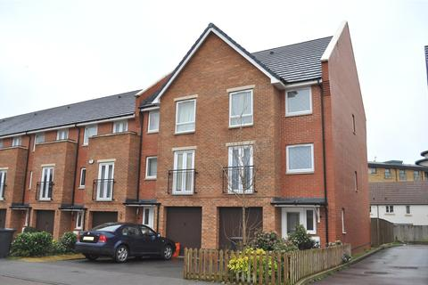 4 bedroom end of terrace house to rent - Celsus Grove, Swindon, Wiltshire, SN1