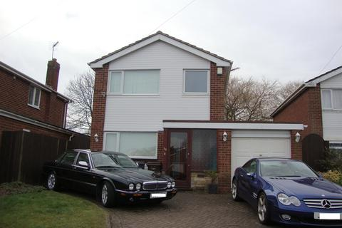 3 bedroom detached house to rent - Swanswell Road, Solihull, West Midlands, B92 7ET