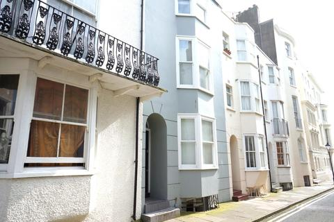 1 bedroom in a house share to rent - Grafton Street, Brighton