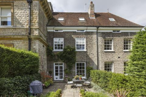 4 bedroom manor house for sale - High Road, Chipstead