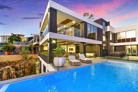 6 bedroom house  - 13 Cullen Bay Crescent, CULLEN BAY, NT 820