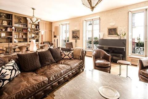 2 bedroom apartment  - Paris 06, Paris, Ile-De-France