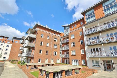 2 bedroom flat for sale - 4 Avenel Way, Poole, Dorset