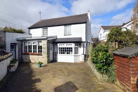 2 bedroom cottage for sale - 19 High Street, Laleston, Bridgend, Bridgend County Borough, CF32 0HP.