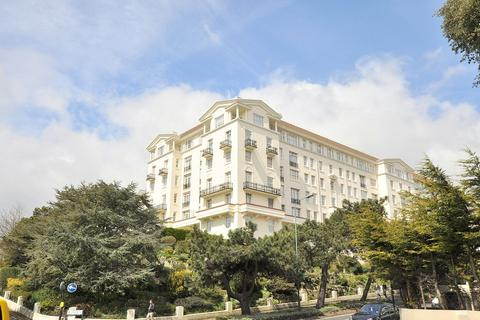 3 bedroom apartment for sale - Bath Hill Court, Bath Road, Bournemouth