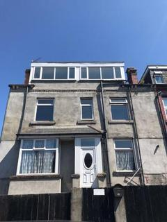 4 bedroom terraced house to rent - Rydall Terrace, Holbeck, LS11