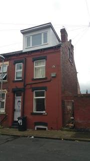 2 bedroom terraced house to rent - Recreation Terrace, Beeston, LS11
