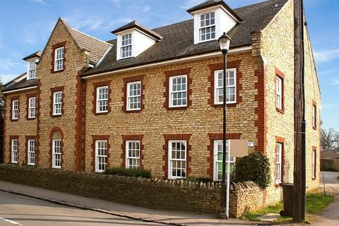 2 bedroom apartment to rent - Harrold Place, High Street, Harrold
