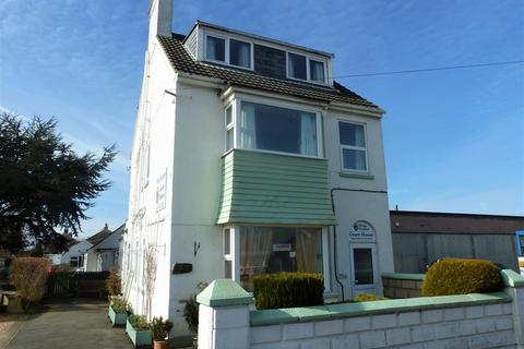 Guest house for sale - Victoria Road, Mablethorpe, LN12 2AJ
