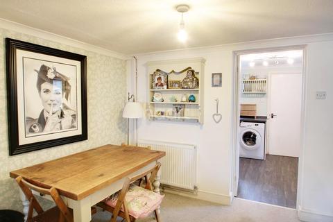 2 bedroom cottage for sale - Brightlingsea