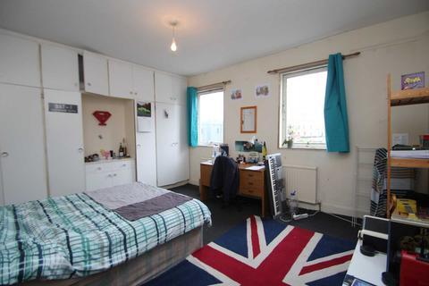 4 bedroom apartment to rent - Walton Street, Oxford
