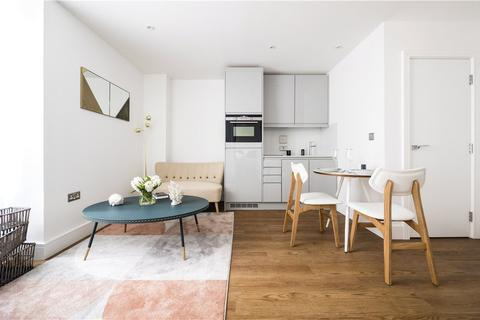 1 bedroom flat for sale - St Edwards Court, London Road, Romford, RM7