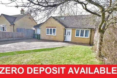 4 bedroom bungalow to rent - Ashford Drive , Kingswood