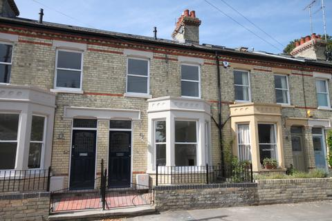 4 bedroom terraced house to rent - Magrath Avenue, Cambridge