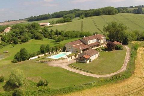 8 bedroom farm house - Condom, Gers, Midi-Pyrenees