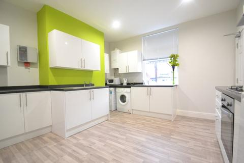 1 bedroom in a house share to rent - Mitford Terrace, Armley